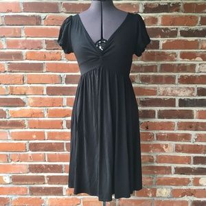 Max Studio Short-Sleeve Black Dress V-Neck Sz. XS